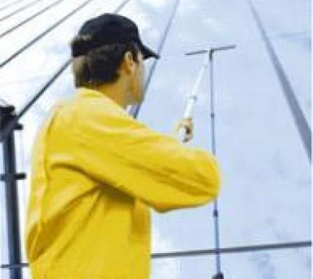 Как вымыть окна качественно и экономно?